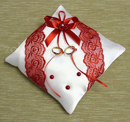 Подушка для колец своими руками красная